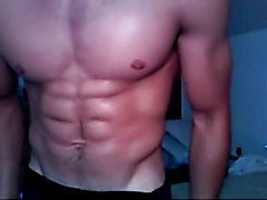 Muscled Stud Strips and Wanks on Webcam