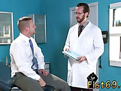 Gay smoke fist Brian Bonds stops in to observe his doctor about his obsession with his