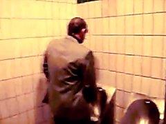 Str8 daddy performing in public bathroom