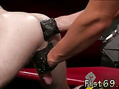 Fisting gay man Toned and scruffy Jacob Peterson and Brian Bonds exchange spit,