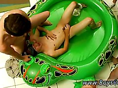 Gents and ladies without dress gay sex first time Soaking Krist Cummings!